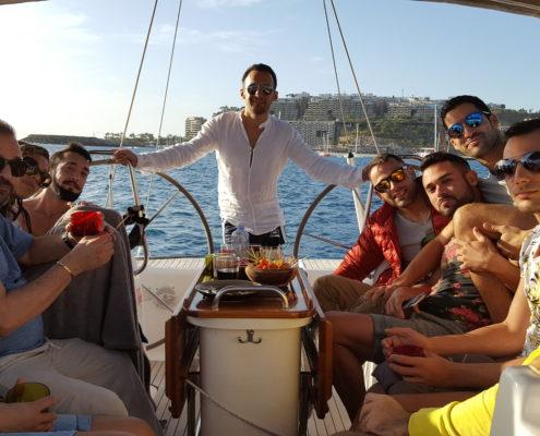 Amenábar y sus amigos a bordo del Vandross