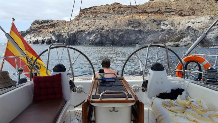 Chapuzón en alta mar a bordo de velero en Gran Canaria